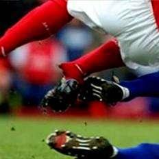 أي رياضة تسبب إصابات الرأس أكثر من غيرها؟