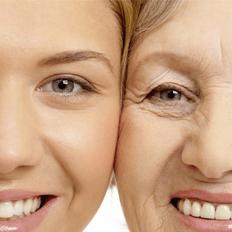 استخدام مرطبات الجلد يؤدي إلى تقليل ظهور التجاعيد .