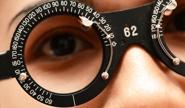 أبحاث خطيرة عن قصر النظر