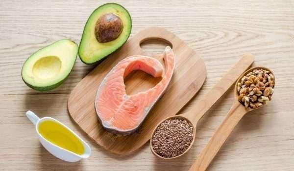 أطعمة تحميك من الاكتئاب