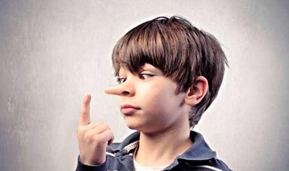 الطفل الكاذب .. كيف يجب التعامل معه ؟