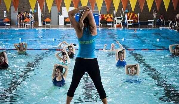 فوائد رقصة الزومبا زومبا أكوا زومبا السباحة
