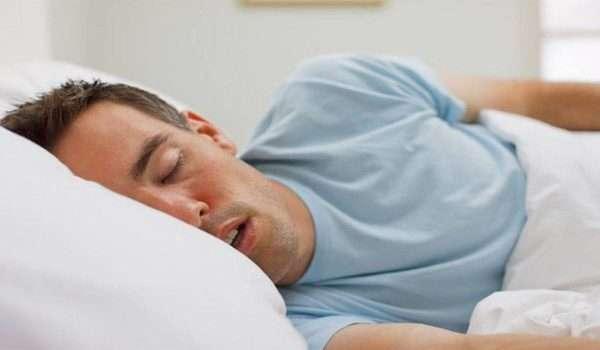 سيلان اللعاب اثناء النوم