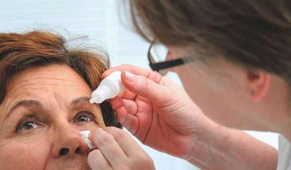 علاج التهاب الملتحمة ( احمرار العين ) بطريقة طبيعية في المنزل