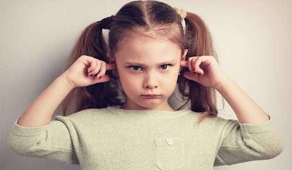 سلوكيات الاطفال الخاطئة