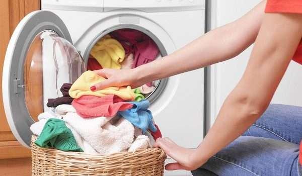 غسل الملابس الداخلية