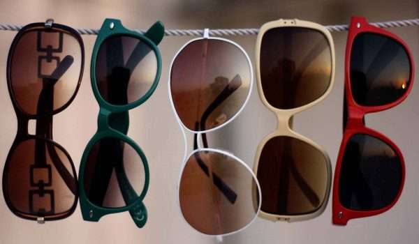 اضرار النظارات الشمسية المقلدة