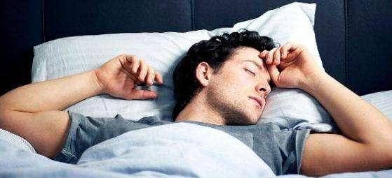 النوم الصحي النوم على الظهر عادات النوم الصحية