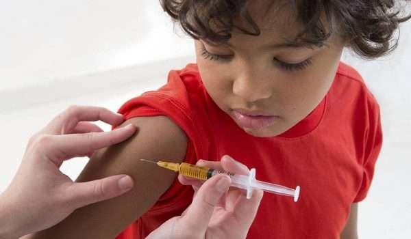تأخير التطعيم