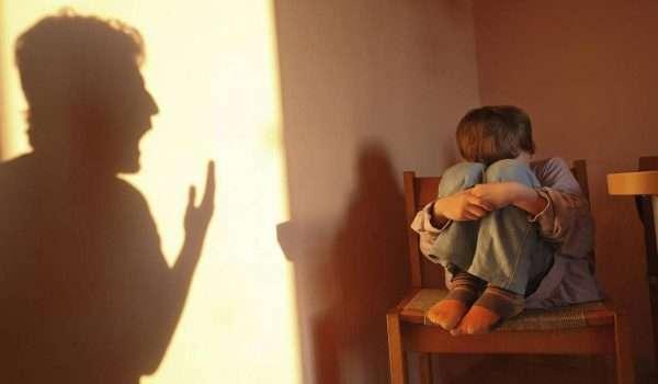 اثر العنف على الاطفال