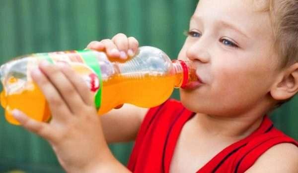 اضرار المشروبات الغازية على الاطفال