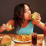 الشعور بالجوع قبل الدورة الشهرية