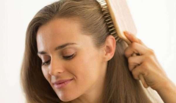 افضل زيوت لتكثيف الشعر وزيادة نموه بطريقة طبيعية