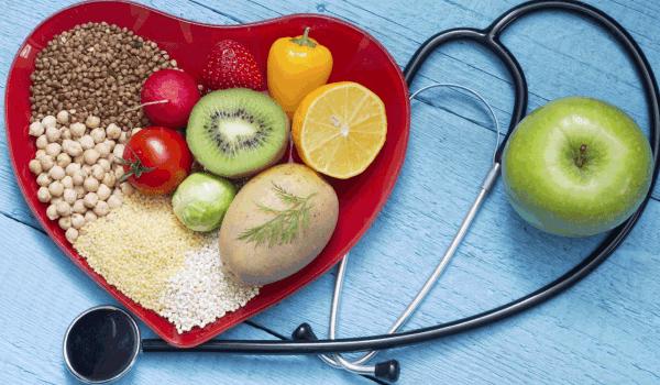 نظام غذائي لمرضى الكوليسترول .. ما المسموح والممنوع من الأطعمة؟