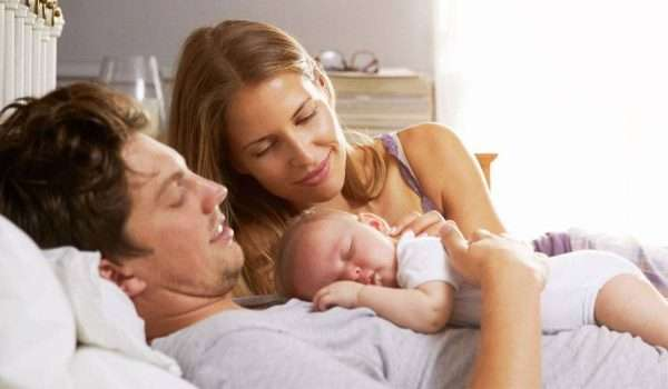 العلاقة الزوجية بعد الولادة الطبيعية .. هل تؤثر الولادة والرضاعة على الجنس؟