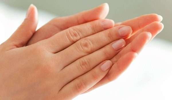 تبييض اليدين بطرق مختلفة.. ونصائح للحفاظ على جمال اليدين