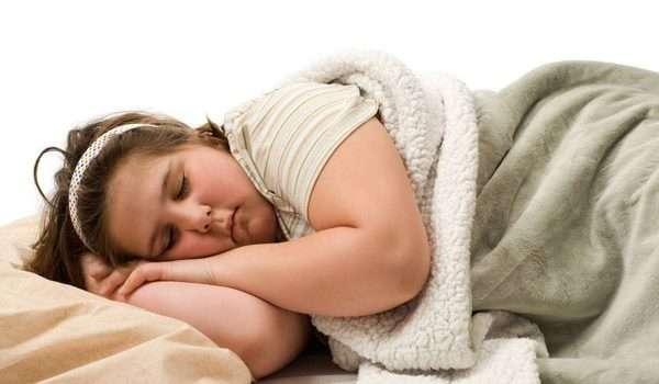 حرق الدهون اثناء النوم وفقدان الوزن الزائد .. هل هو أمر ممكن؟
