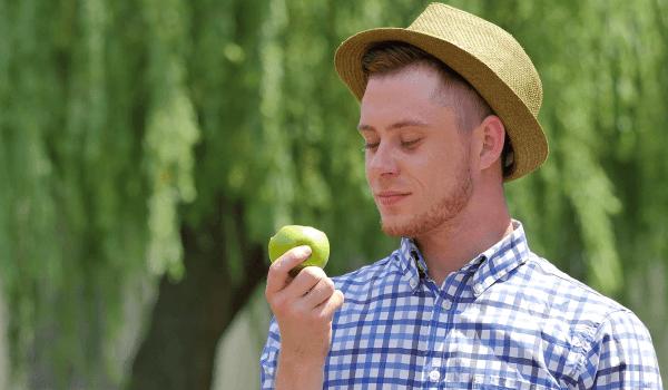 فوائد التفاح الاخضر للجنس .. و5 أطعمة لحياة جنسية أفضل
