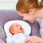 كيفية التعامل مع الطفل حديث الولادة