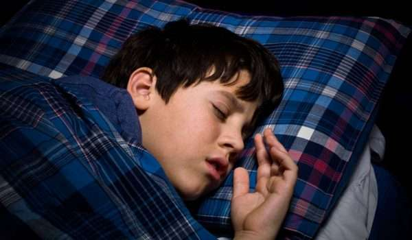 اسباب نزيف الانف عند الاطفال اثناء النوم