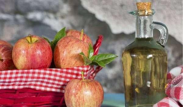خل التفاح على الريق