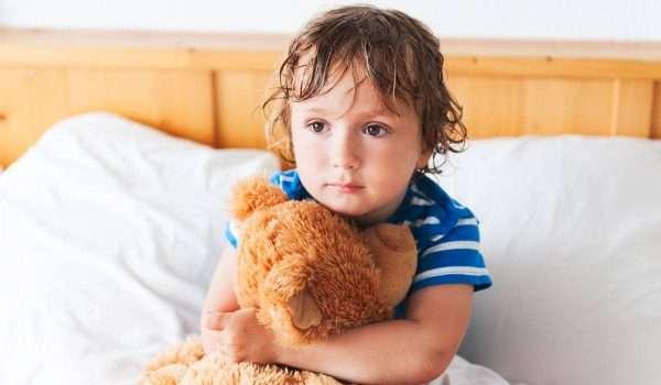علاج التبول اللاإرادي عند الأطفال