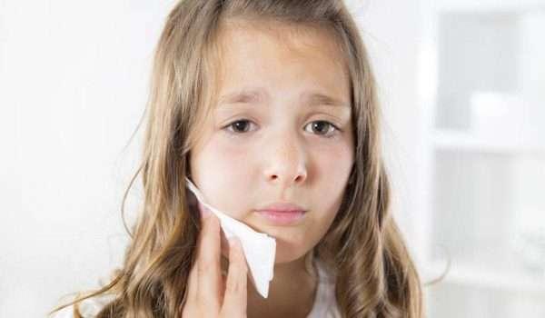 علاج الم الاسنان عند الاطفال