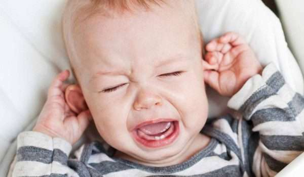 -فطريات-الفم-عند-الاطفال
