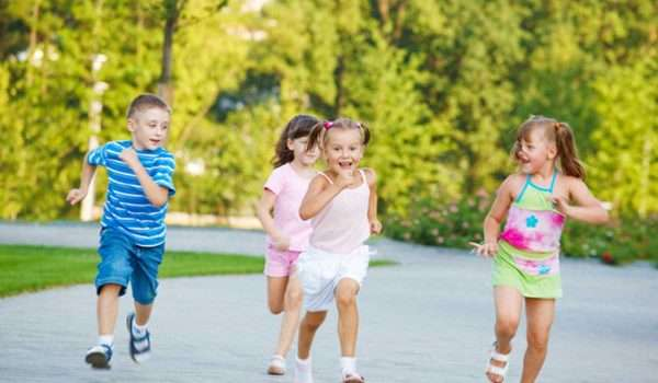 تنمية ذكاء الطفل سن 8 سنوات