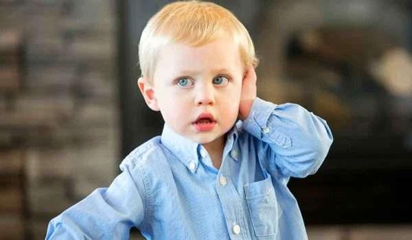 ضعف-السمع-عند-الاطفال1