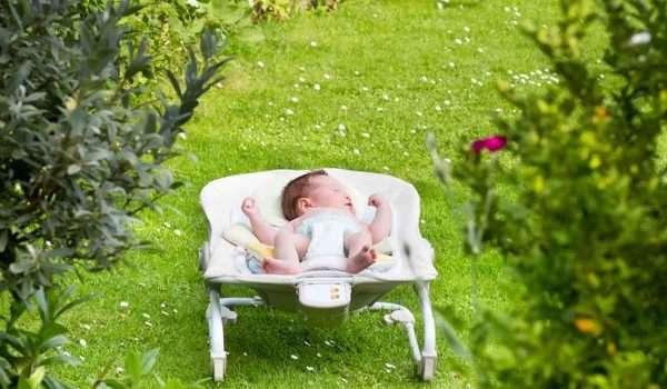 فوائد-الشمس-للاطفال1