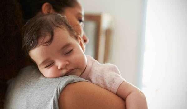 متى يقفل ثقب القلب عند الاطفال
