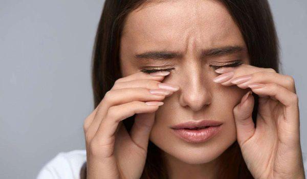 اعراض التهاب العصب البصري